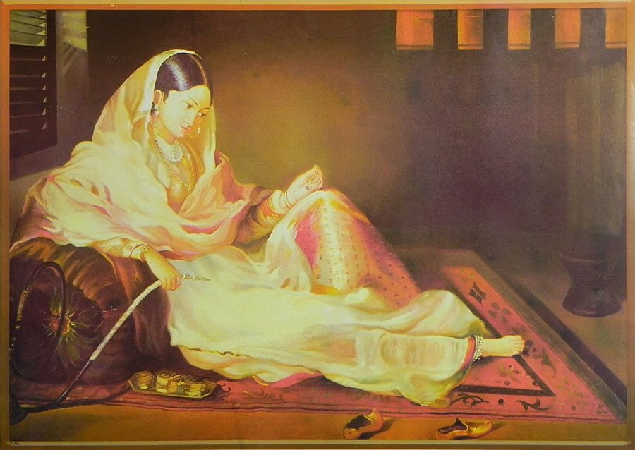 Xxxl Poster Mughal Courtesan With Hookah - Poster - 17.5 X 25.5 Inches