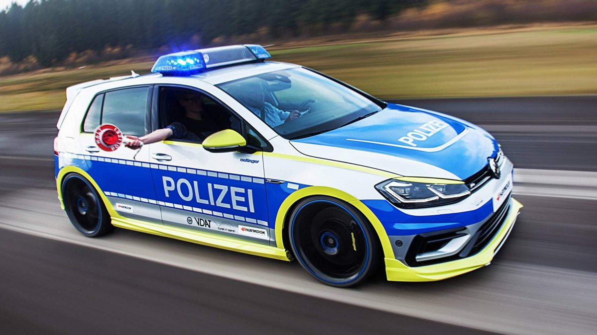 Police Car Lights Wallpaper Vw Golf R Tuned By Oettinger Looks Mean As German Police Car