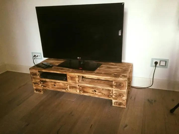 2 Epal Pallet Tv Stand With 2 Drawers Easy Pallet Ideas