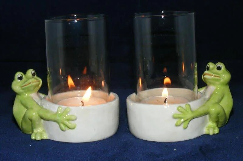 Pair Of Porcelain Frog Candle Holders With Glass L696 Klima
