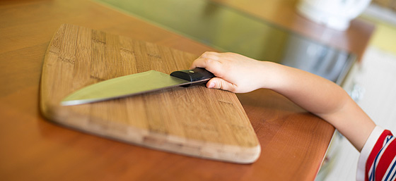 Kindersicher in Küche, Bad und Garten - Familiede - kueche kindersicher machen tipps