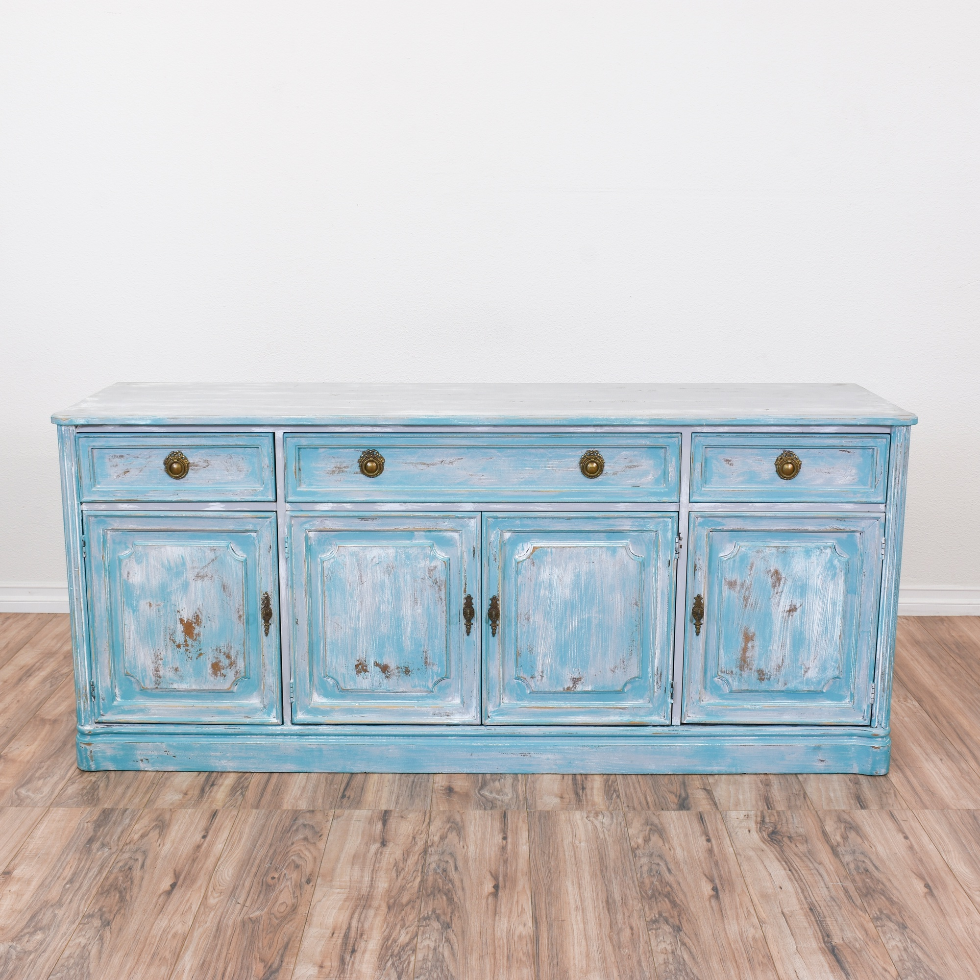 Sideboard Shabby Chic Carved Blue White Shabby Chic Buffet Sideboard Loveseat