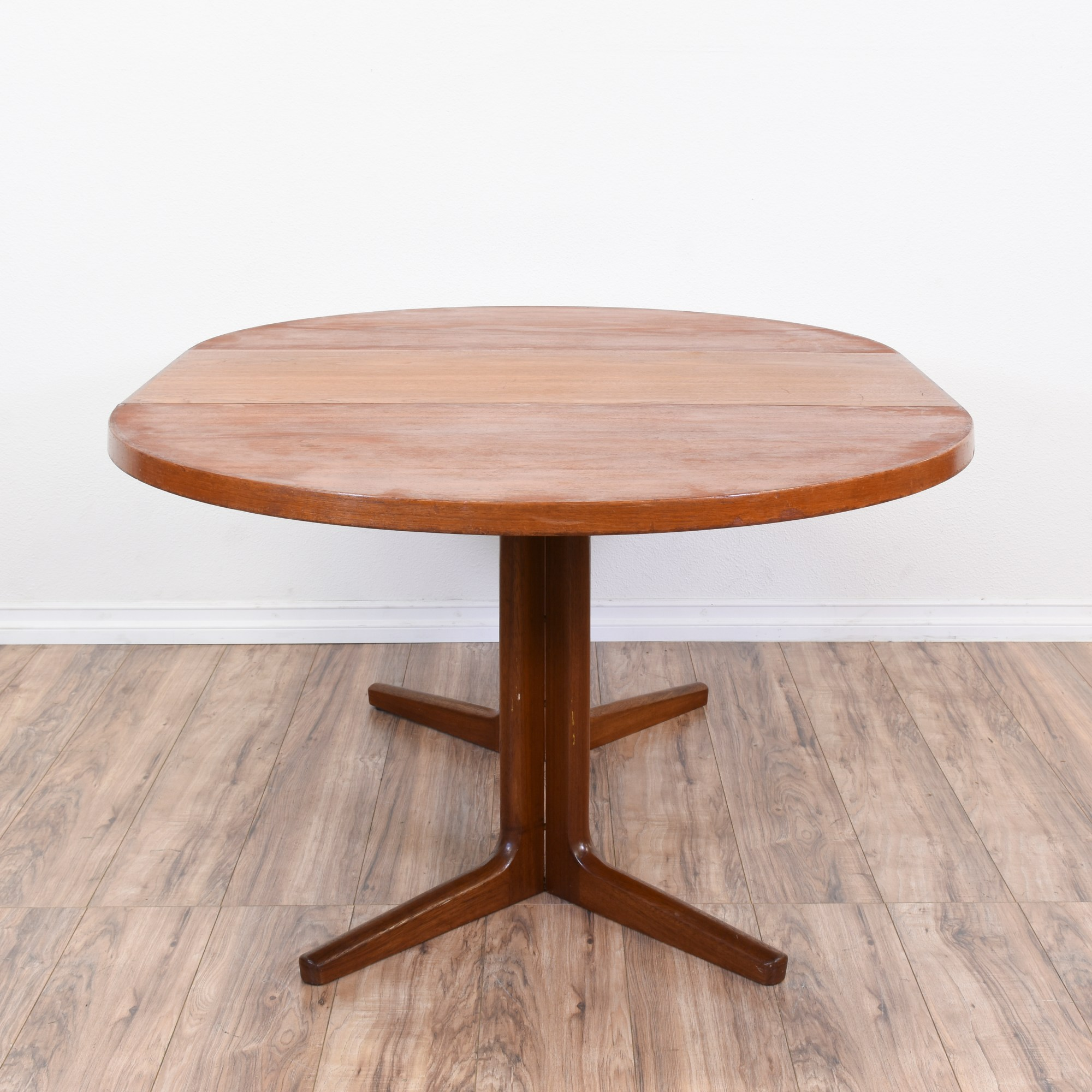 Modern Dining Table With Leaf Danish Modern Round Dining Table W 1 Leaf Loveseat
