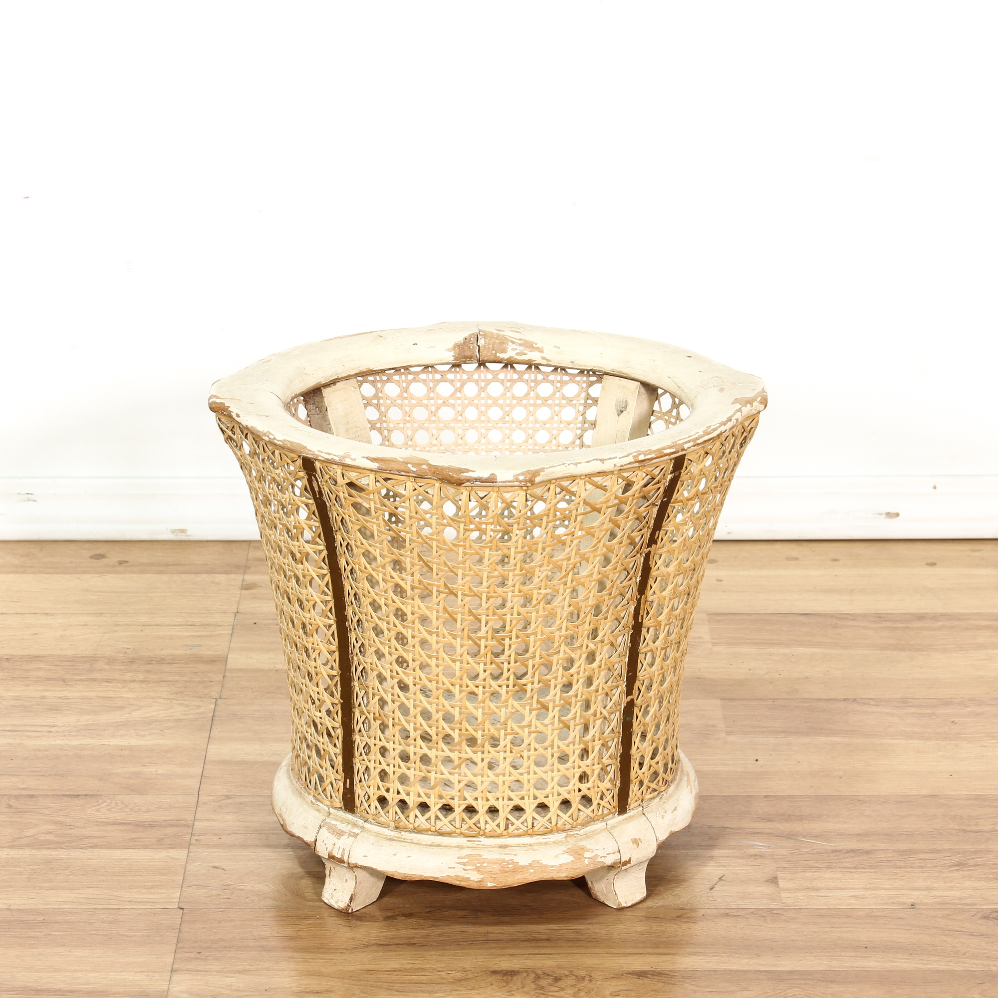 Shabby Chic Waste Baskets Cane White Shabby Chic Waste Bin Trash Can Loveseat Vintage