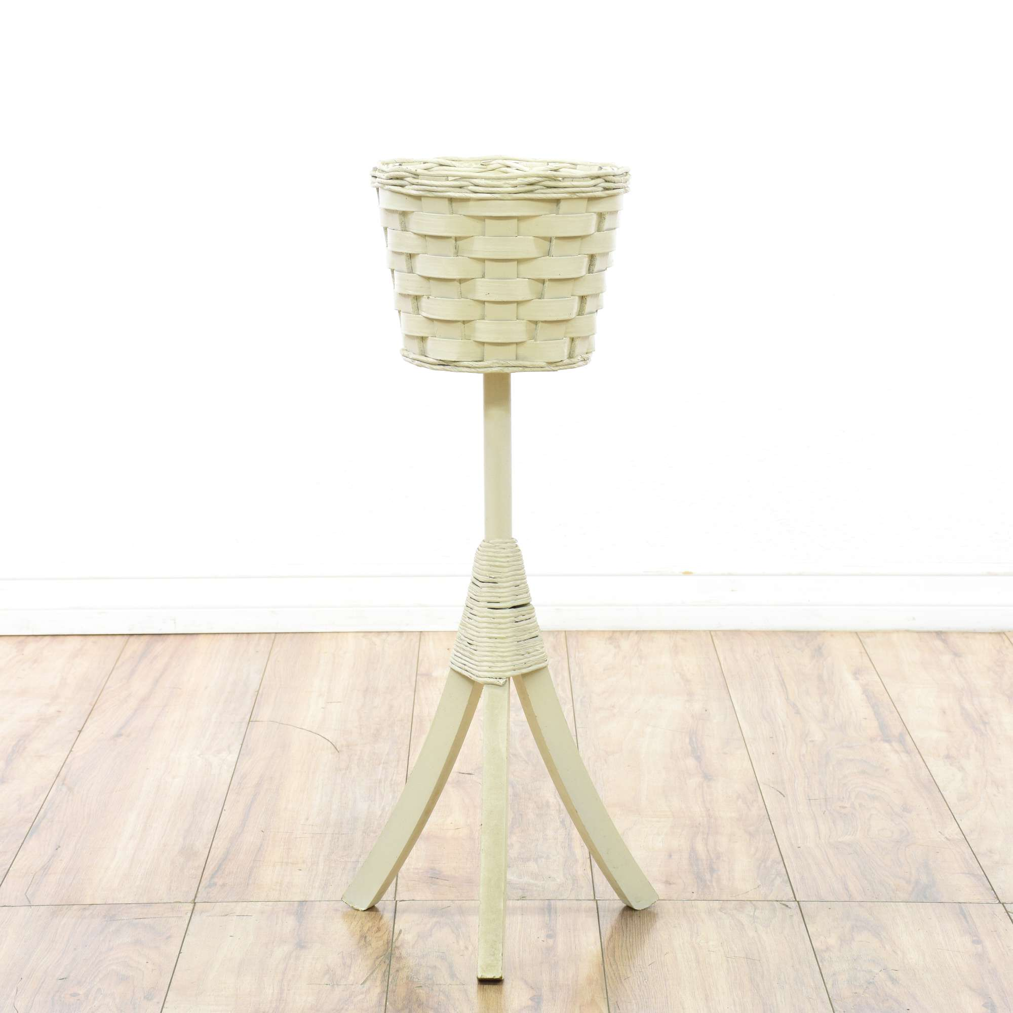 White Pedestal Plant Stands White Wicker Plant Stand Loveseat Vintage Furniture San