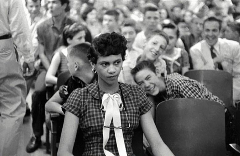 Первая темнокожая девочка, Дороти Каунтс, в школе в 1957 году история, факты, фото