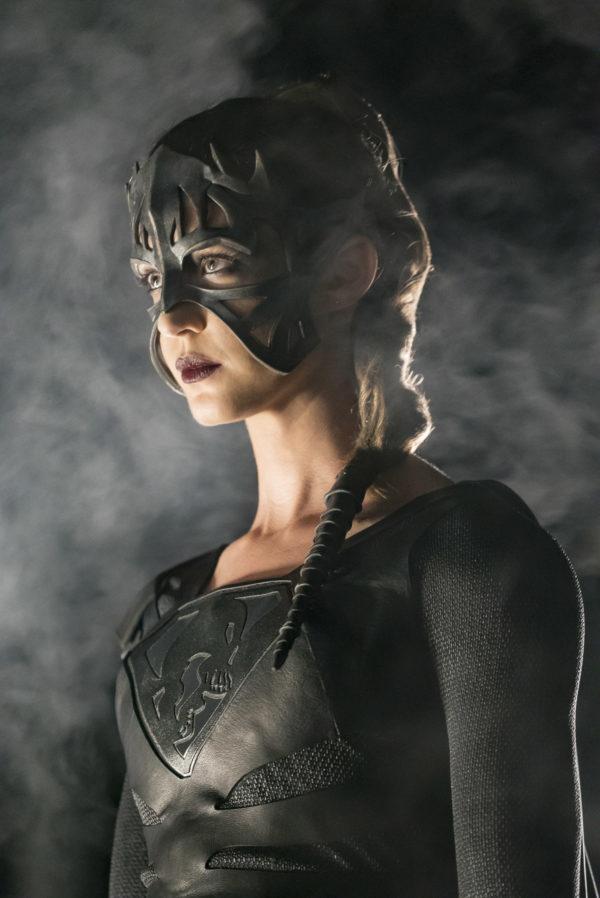 Power Girl Comic Wallpaper Promo Images For Supergirl Season 3 Episode 9 Reign