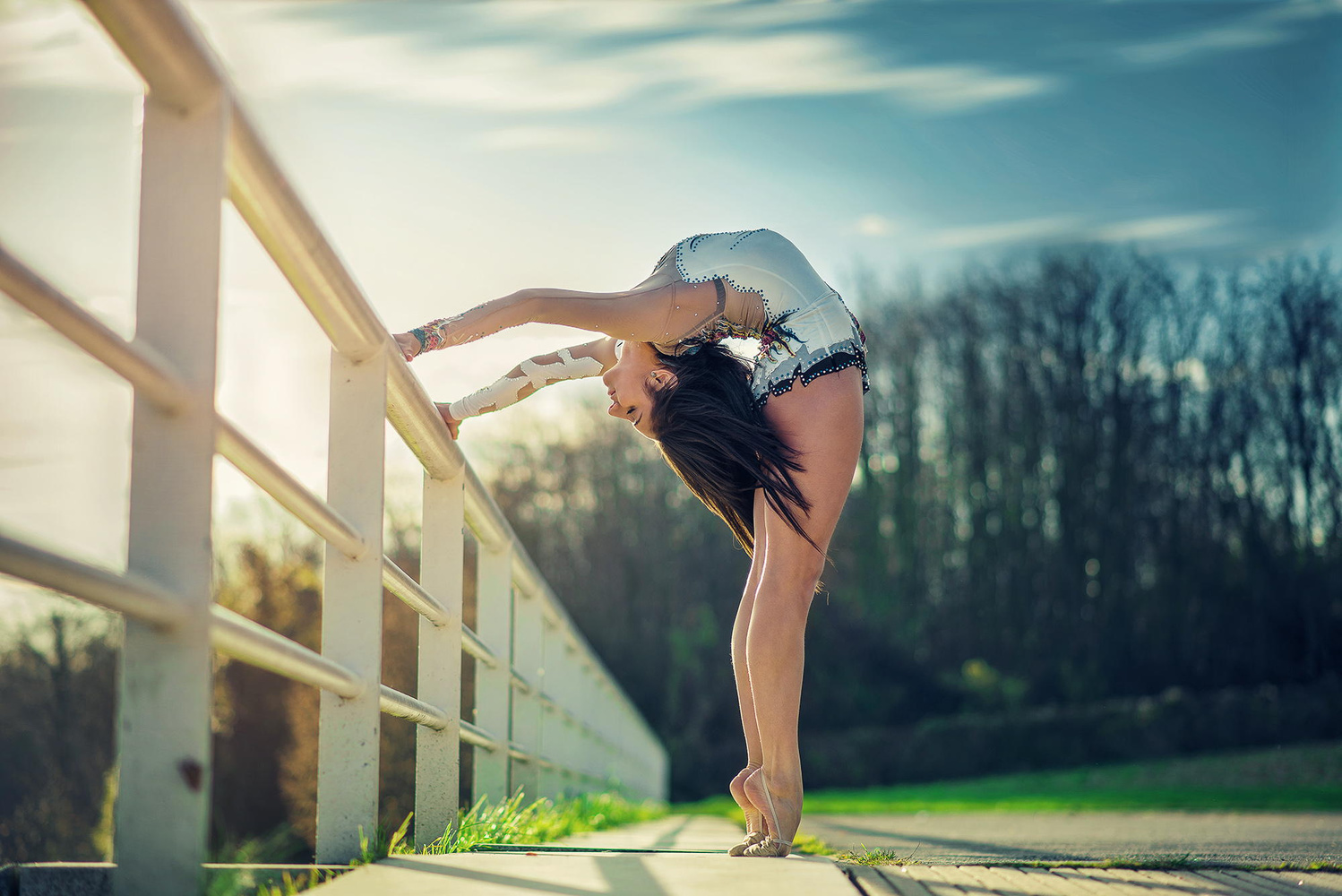 Pretty Girl Wallpaper Full Hd Jaw Dropping Dance Portraits Created By Combining Talent