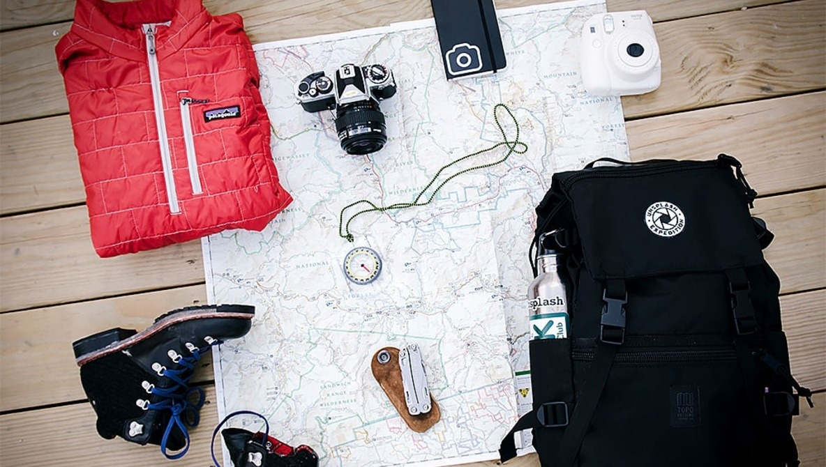 2018 Travel Gear How To Fit Your Gear And Clothes In One Bag To Travel