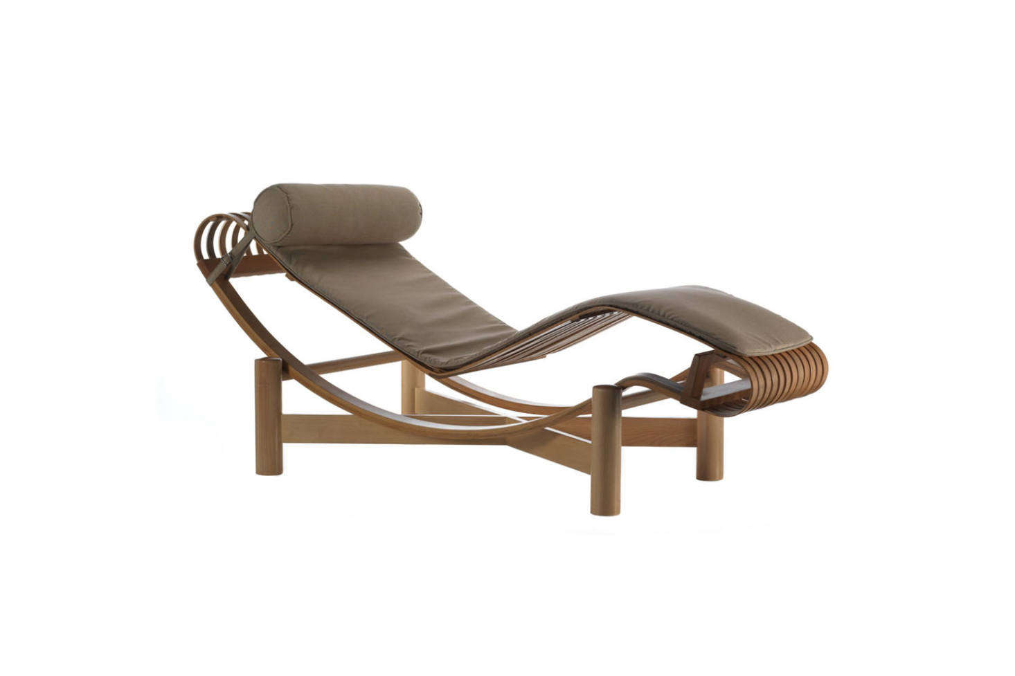 Chaises Elizabeth 10 Easy Pieces Teakwood Chaise Lounges Gardenista