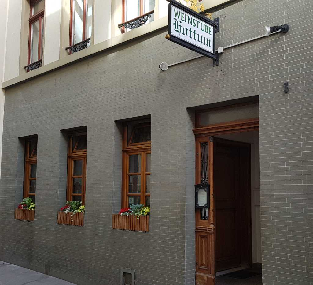 Deutsche Restaurants Mainz Altstadt Weinstube Hottum Restaurant Weinstube In 55116 Mainz