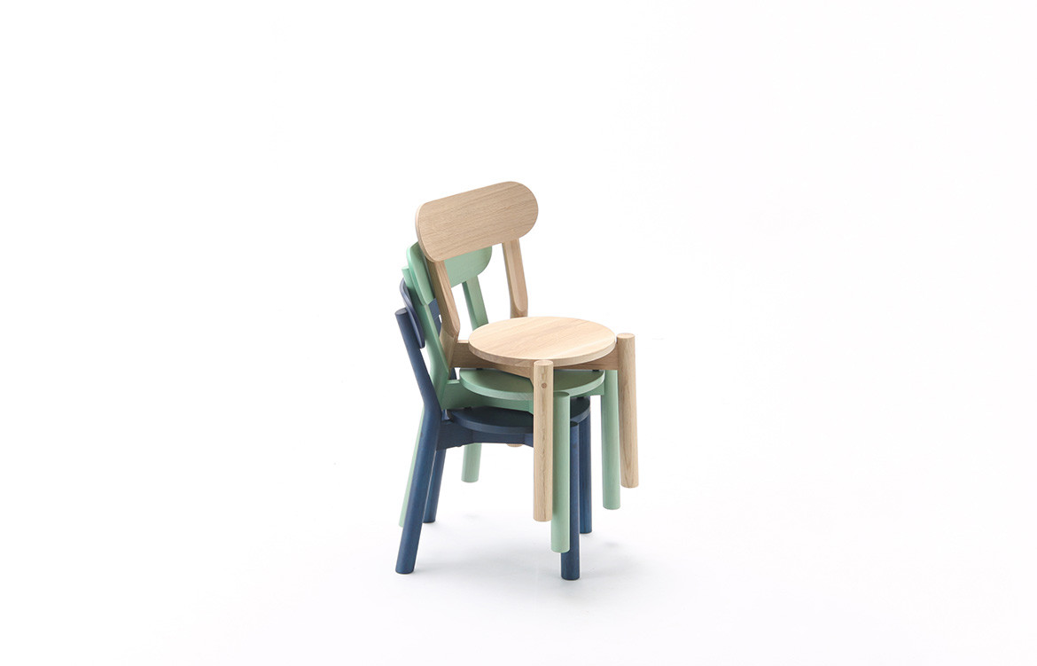 Big W Kids Chair Big Game Redefine Simplicity With Every Iteration Habitus Living