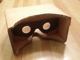 Dollarstore lens find = Big screen Cardboard