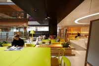 ANZ Center, Melbourne: Colorful, Creative Office