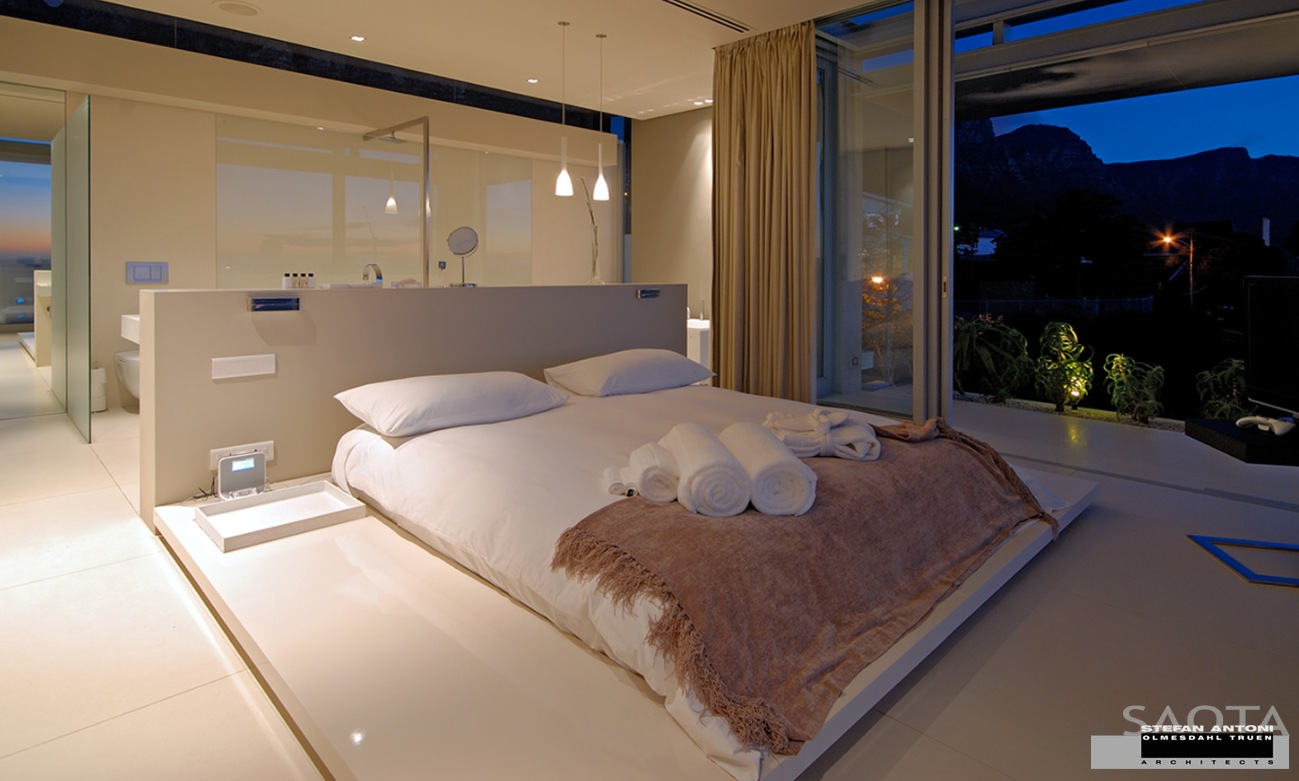 Offenes Badezimmer Schlafzimmer House With Stunning Views In Cape Town, South Africa