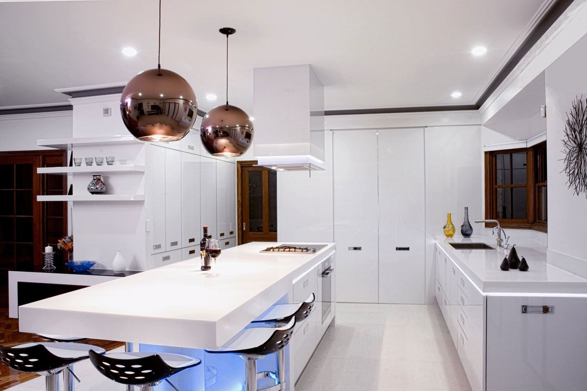 Modern Island Lighting 17 Light Filled Modern Kitchens By Mal Corboy