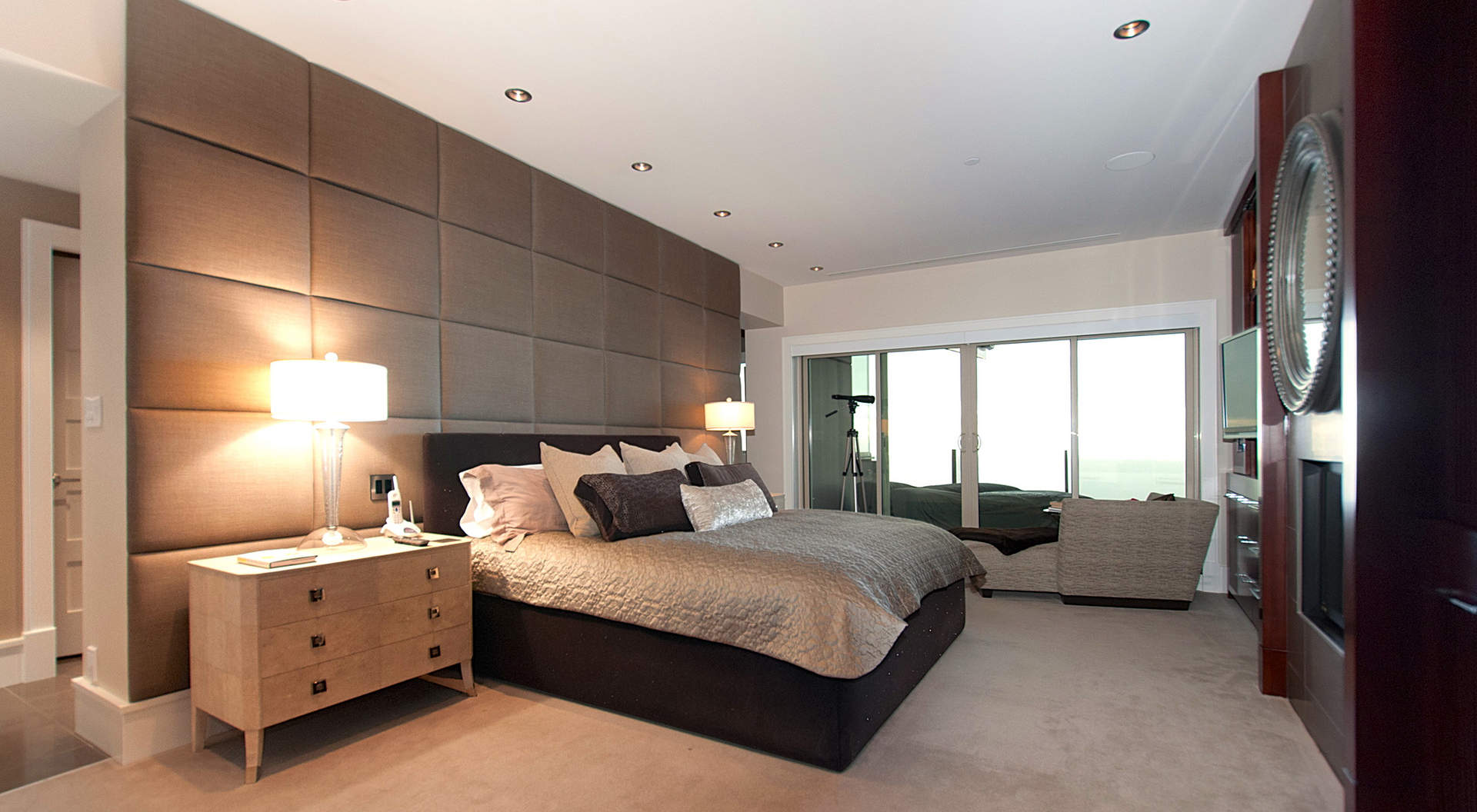 Large Bedroom Layout Ideas Spectacular West Coast Penthouse In Vancouver 39s Aerie Ii