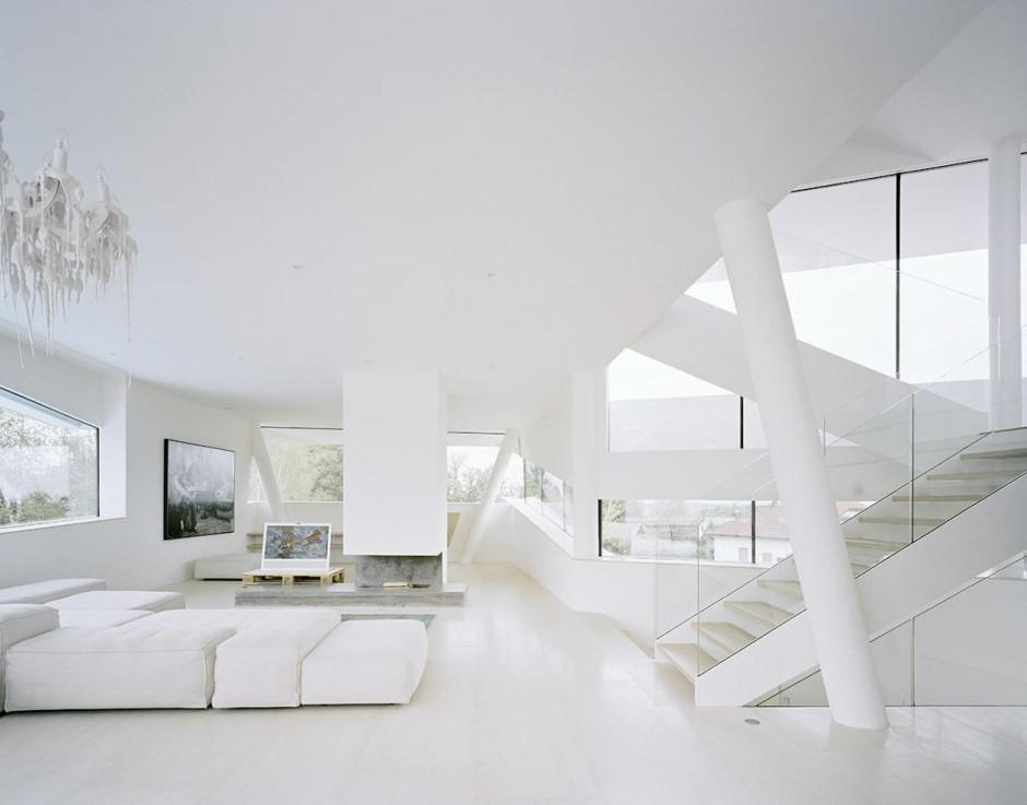 White living room Interior Design Ideas - all white living room