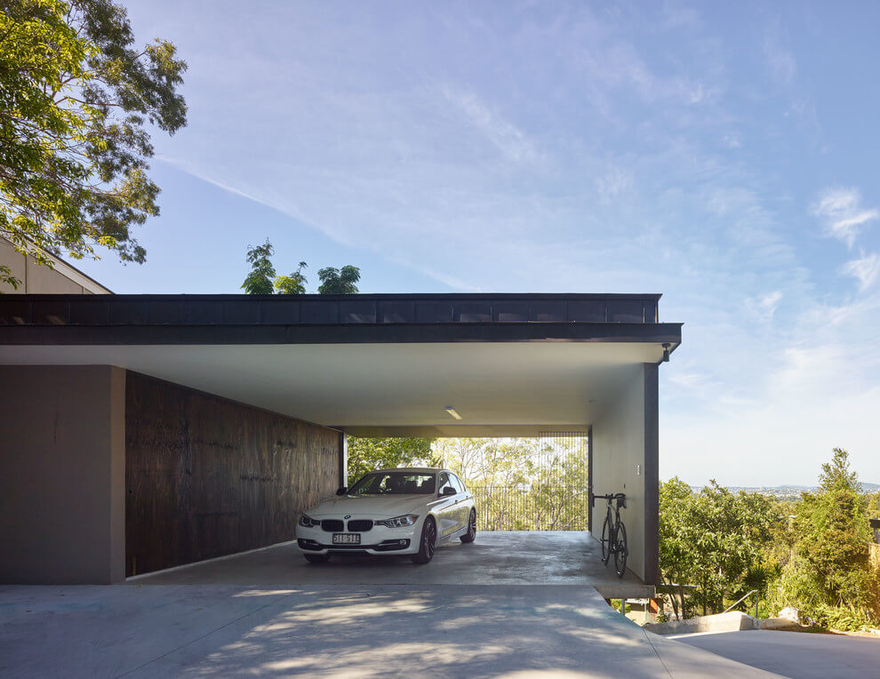 Moderne Carports Gorgeous Use Of Wood Takes This Mansion To The Next Level