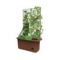 Self watering raised bed planter, easy plant growing method