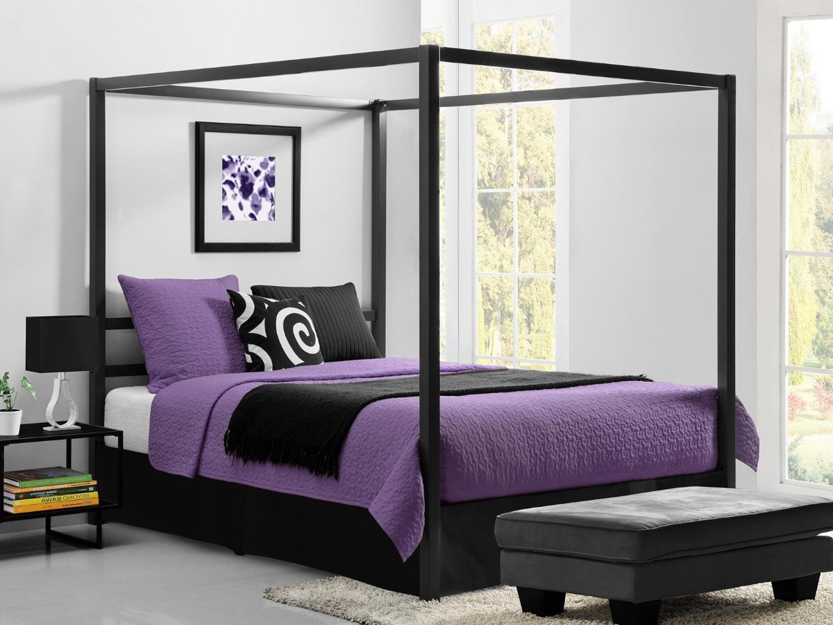 Four Poster Queen Bed 32 Fabulous 4 Poster Beds That Make An Awesome Bedroom