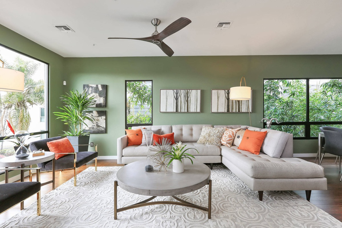 Green Living 30 Gorgeous Green Living Rooms And Tips For Accessorizing Them