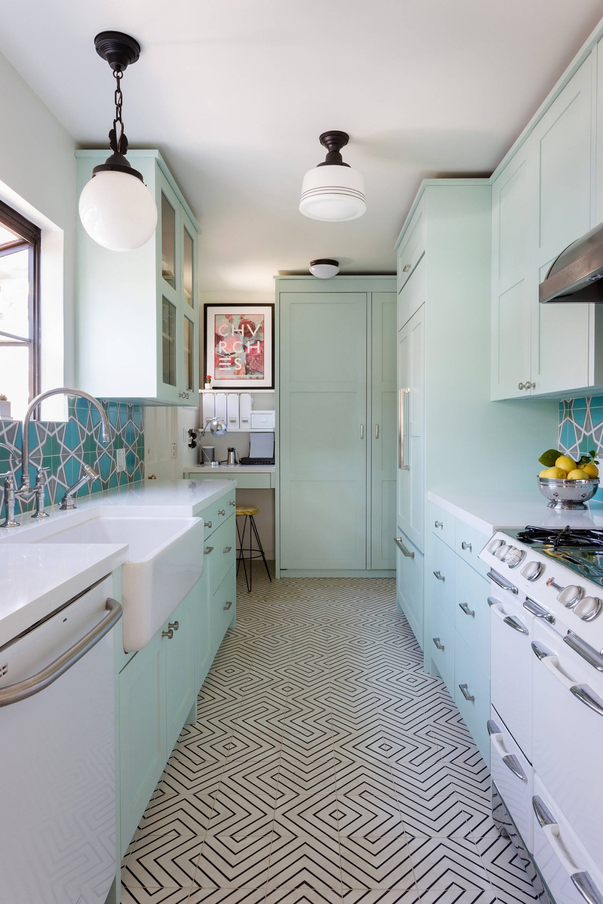 Kitchen Design For Small Narrow Kitchen 50 Gorgeous Galley Kitchens And Tips You Can Use From Them