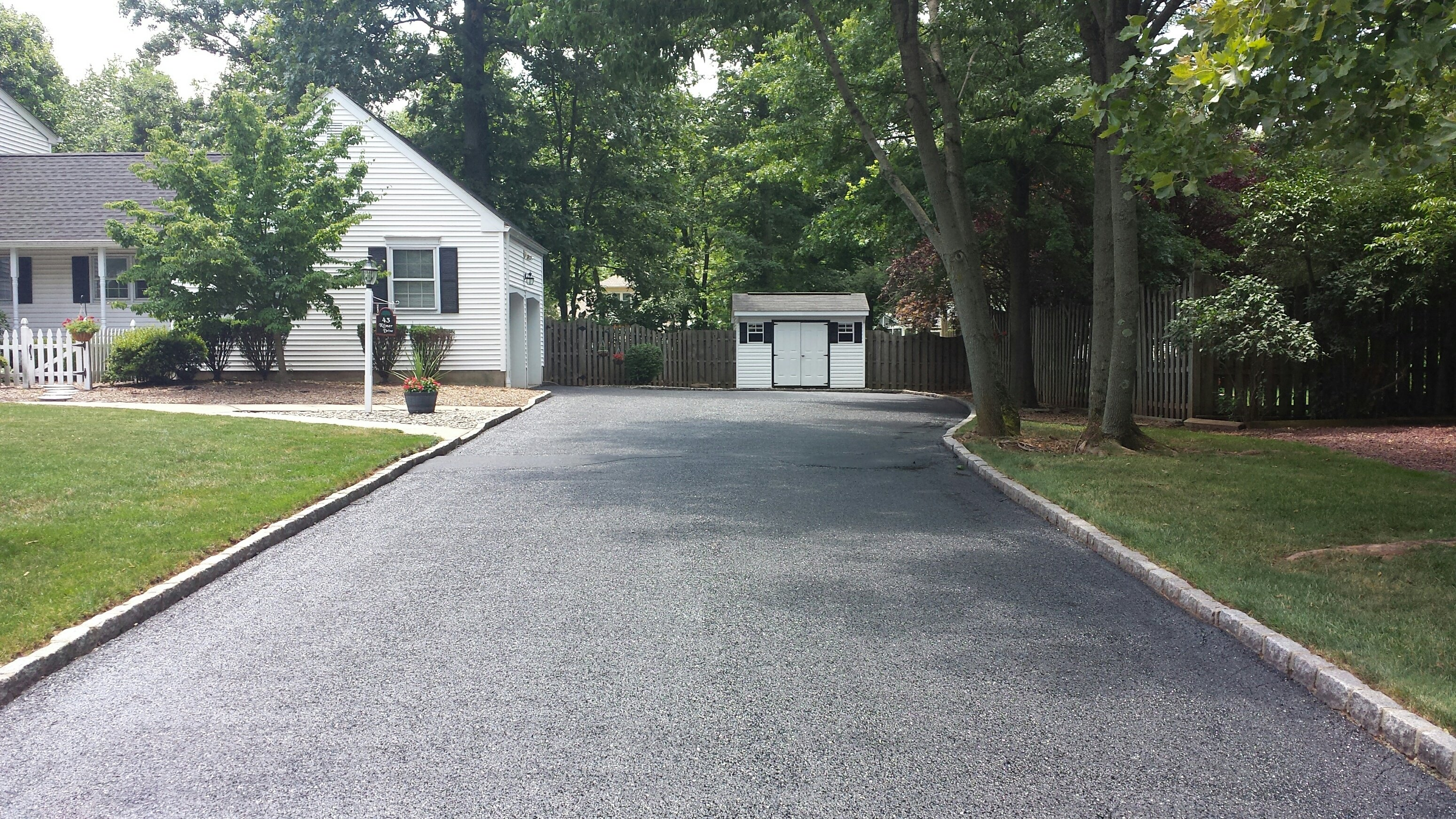 2019 Asphalt Paving Costs Install Resurface Replace
