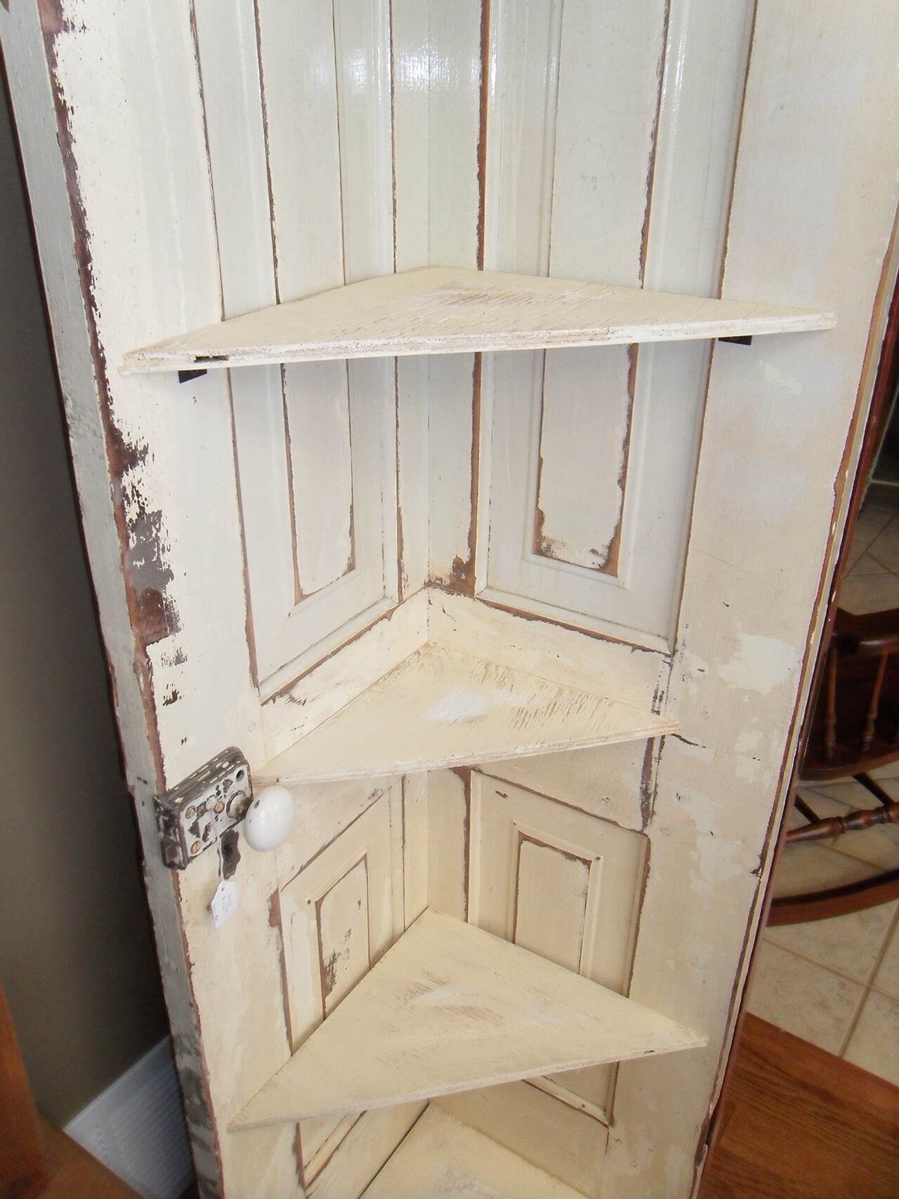 Eckregal Diy New Takes On Old Doors 21 Ideas How To Repurpose Old