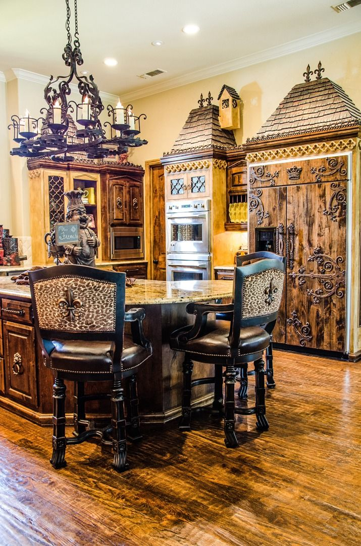 Regal Industrial Style How To Decorate Your Home Using The Old World Style