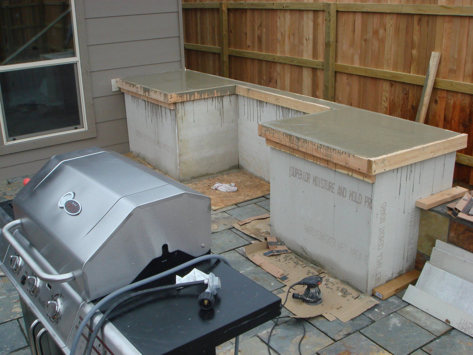how to build outdoor kitchen cabinets outdoor kitchen cabinets Make them sturdy