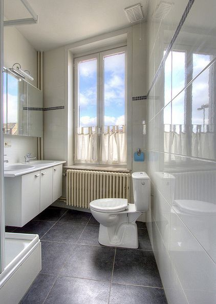 Tagliare Le Piastrelle Small Bathroom On Budget But Big On Style