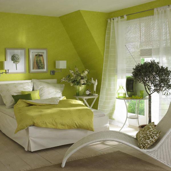 decorate bedroom green walls