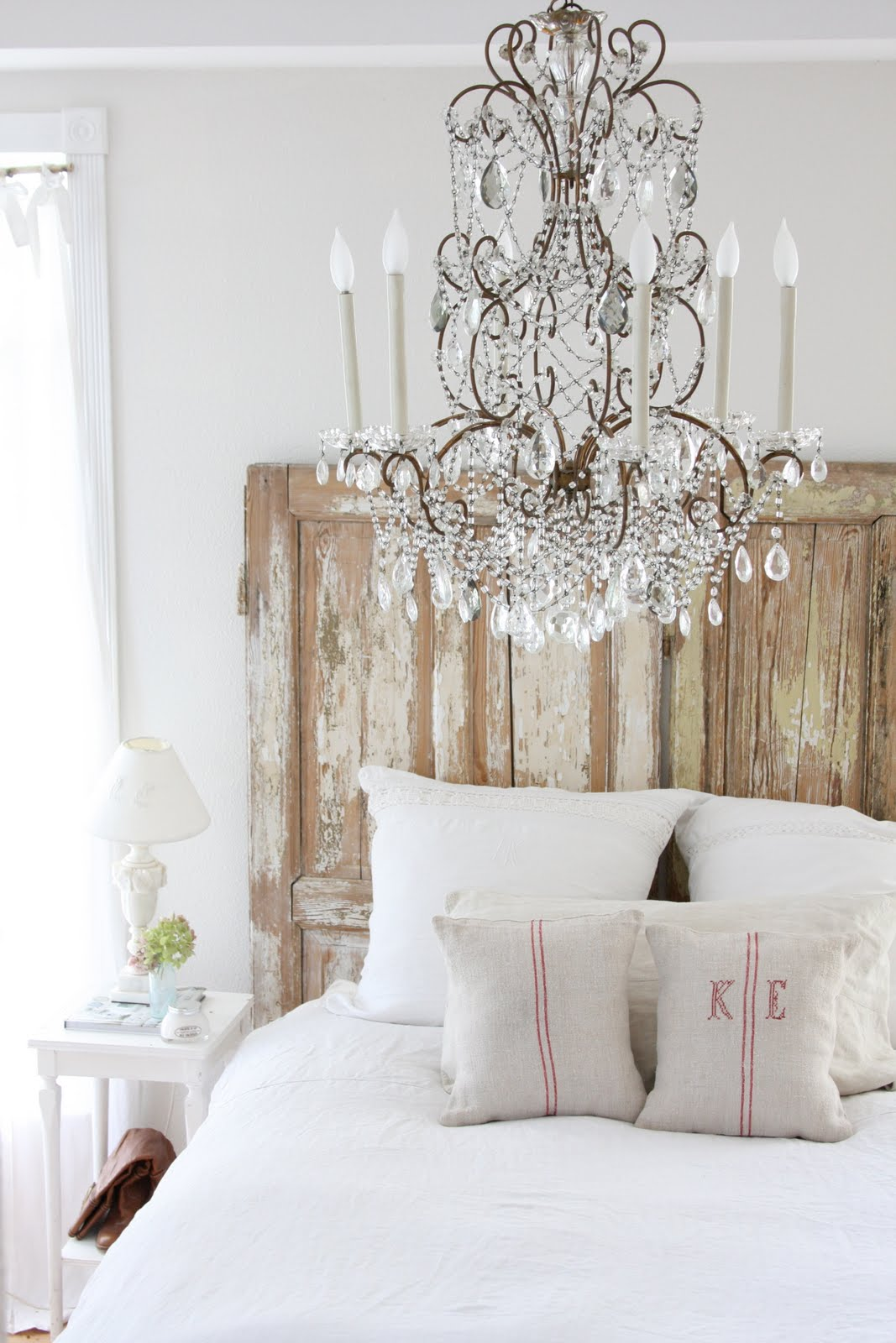 Lights Over Headboard 34 Diy Headboard Ideas
