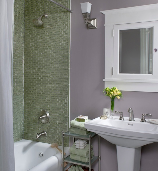 Colorful Ideas To Visually Enlarge Your Small Bathroom - small bathroom paint ideas