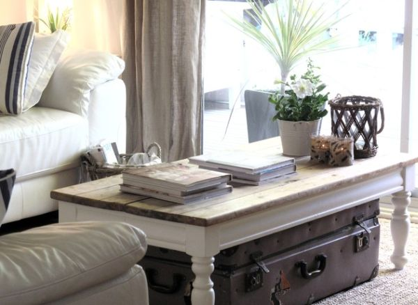 Different Styles To Adopt When Decorating Your Coffee Table - living room table decor
