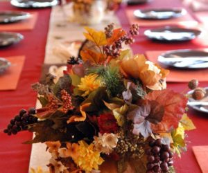 14 Ideas For Dressing Your Thanksgiving Table On A Budget