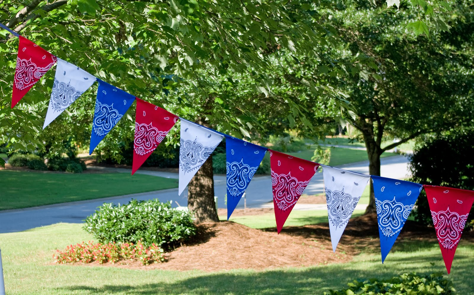 13 Most Festive Dcor Ideas for a Successful Memorial Day