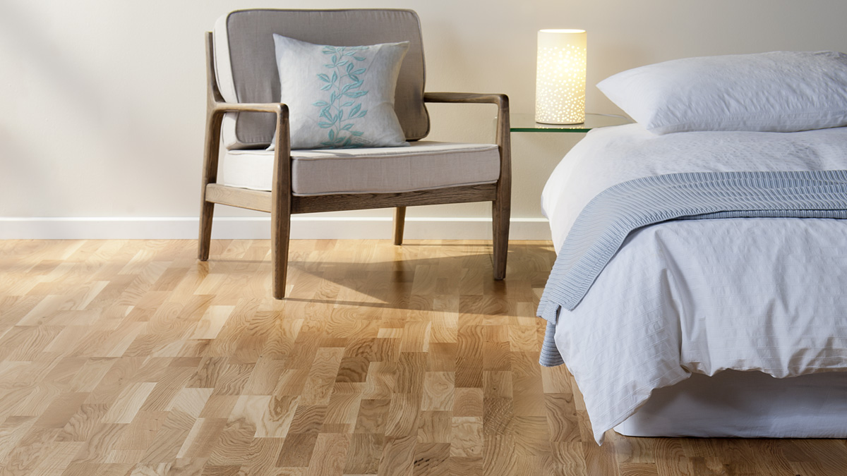 The Low Down On Laminate Vs Hardwood Floors