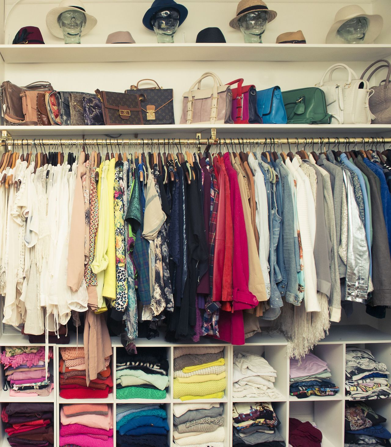 Closet Organized Learn To Love Your Closet Big Or Small