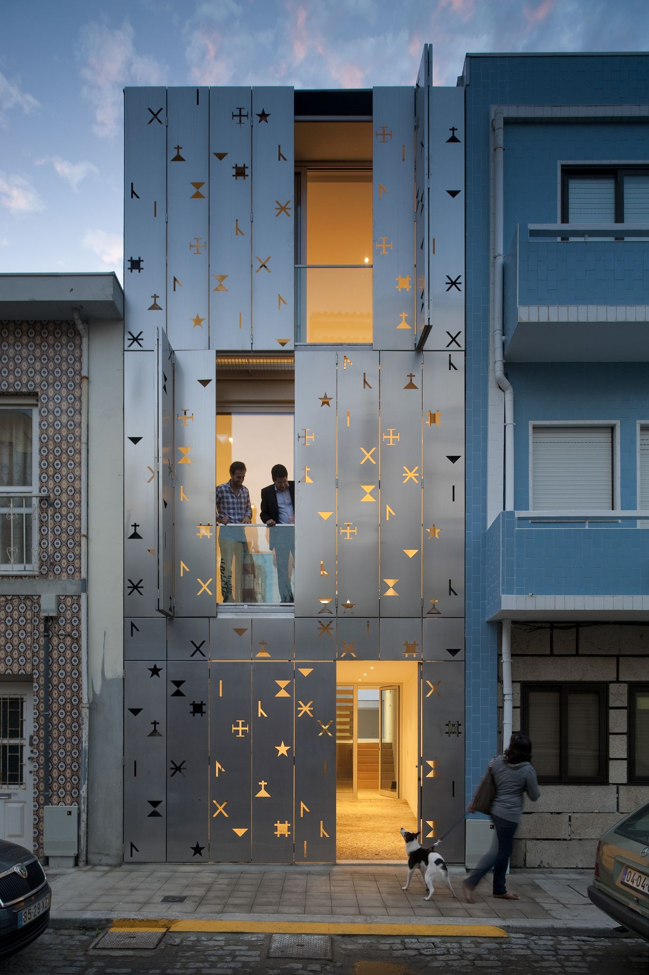 Architectural Design Of Residential Building 35 Cool Building Facades Featuring Unconventional Design Strategies