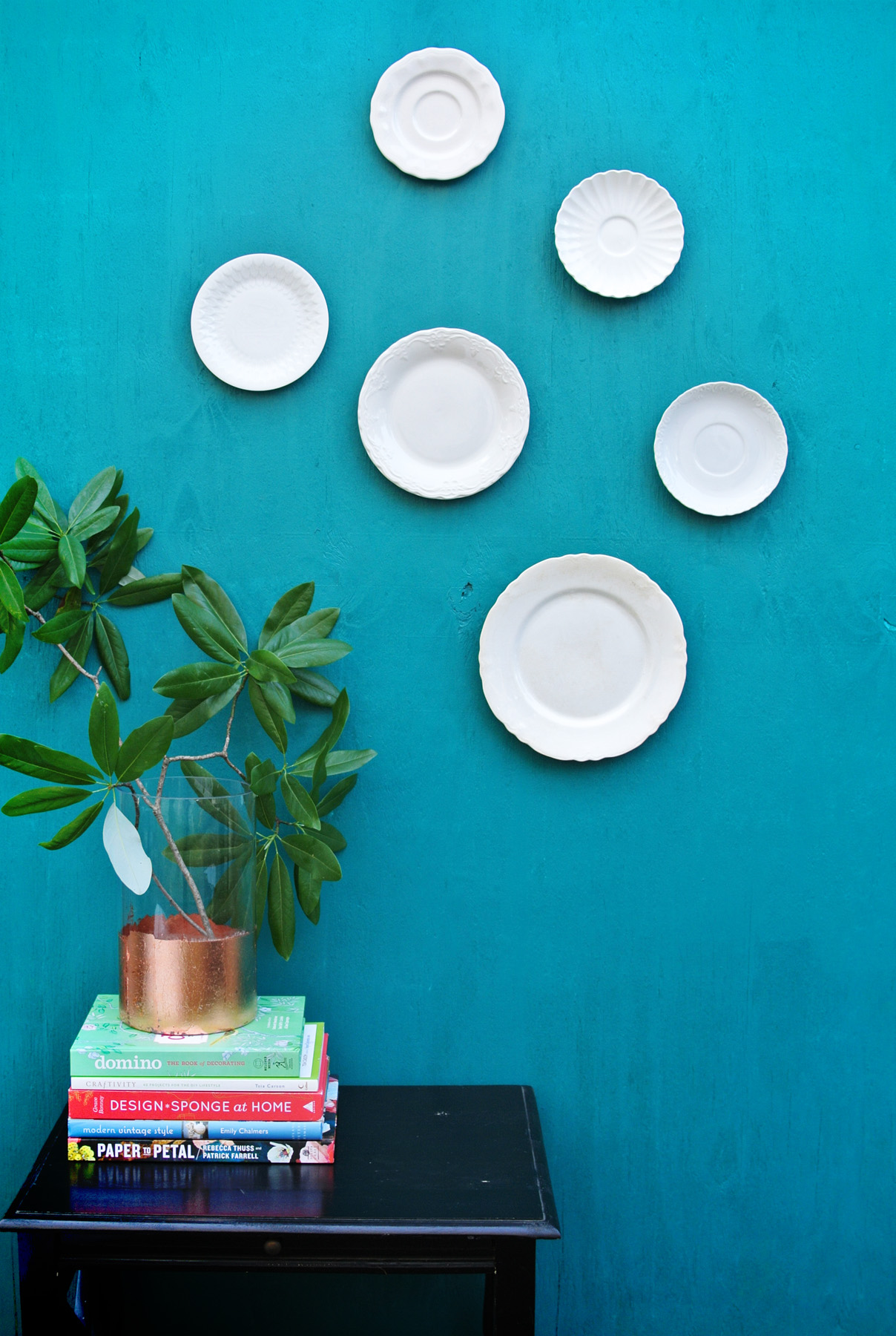 Glass Plate Hanger How To Hang Wall Plates