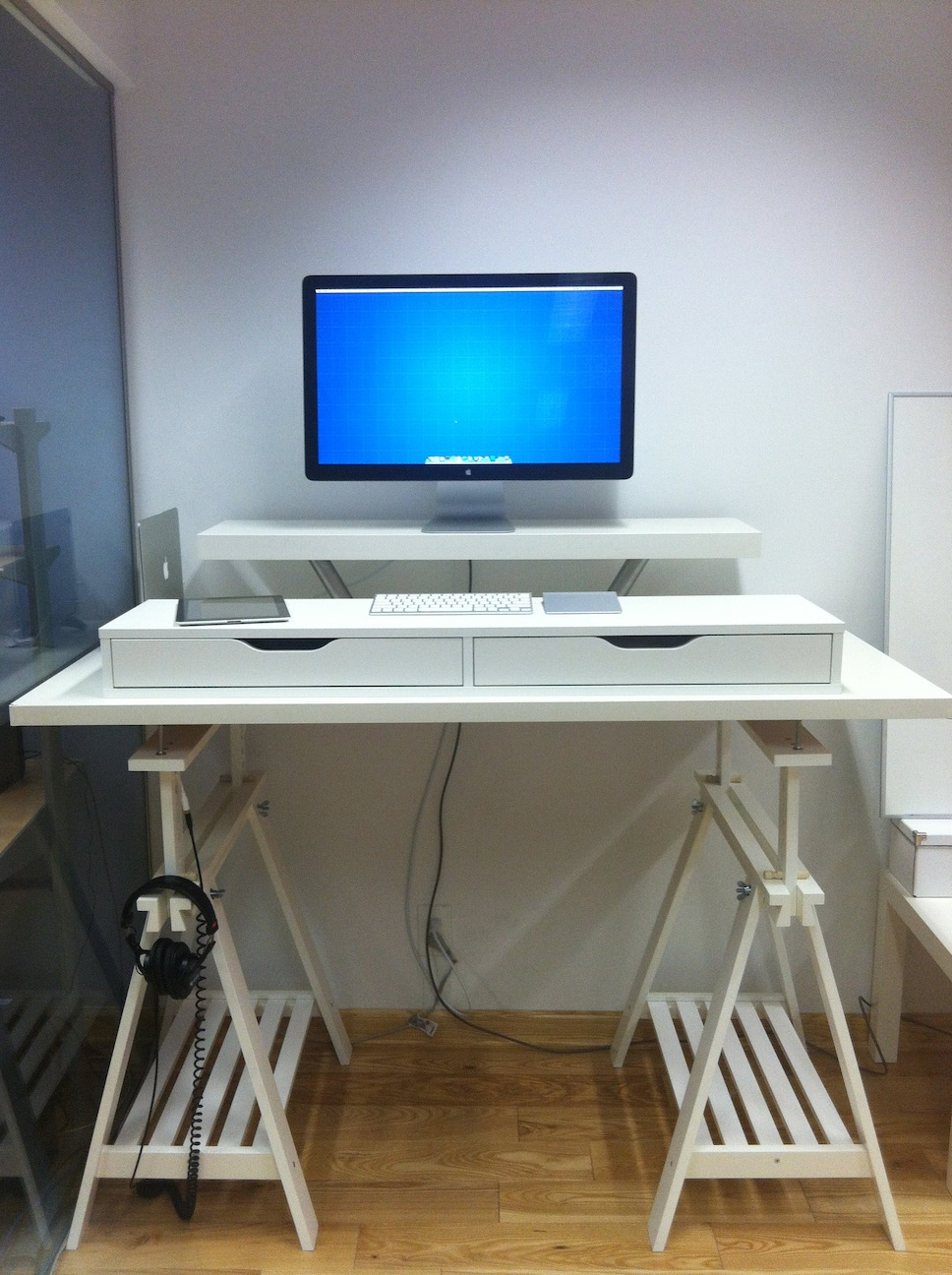 Stand Up Desk Ikea 10 Ikea Standing Desk Hacks With Ergonomic Appeal
