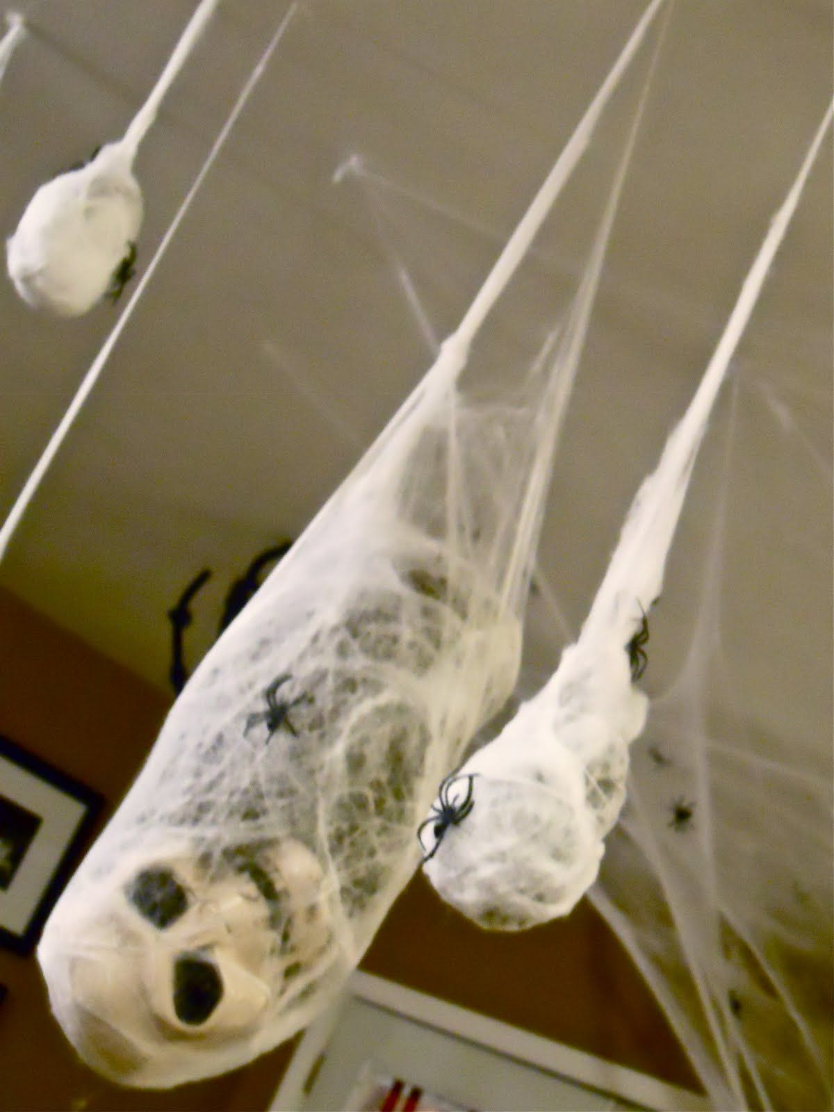 Norbert Zimpfer (norbertzimpfer) on Pinterest - Inexpensive Halloween Decorations