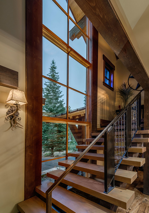 Decoration Interieur Chalet De Luxe Mountain Cabin Overflowing With Rustic Character And