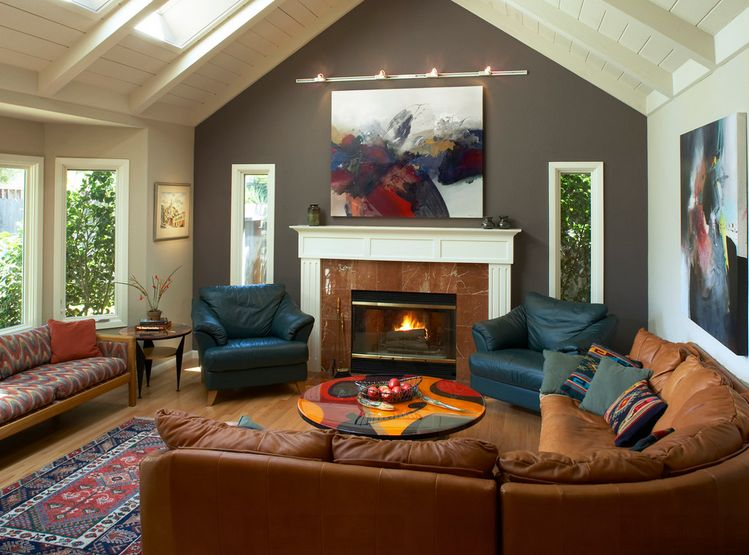 Dare To Be Different 20 Unforgettable Accent Walls - accent wall in living room