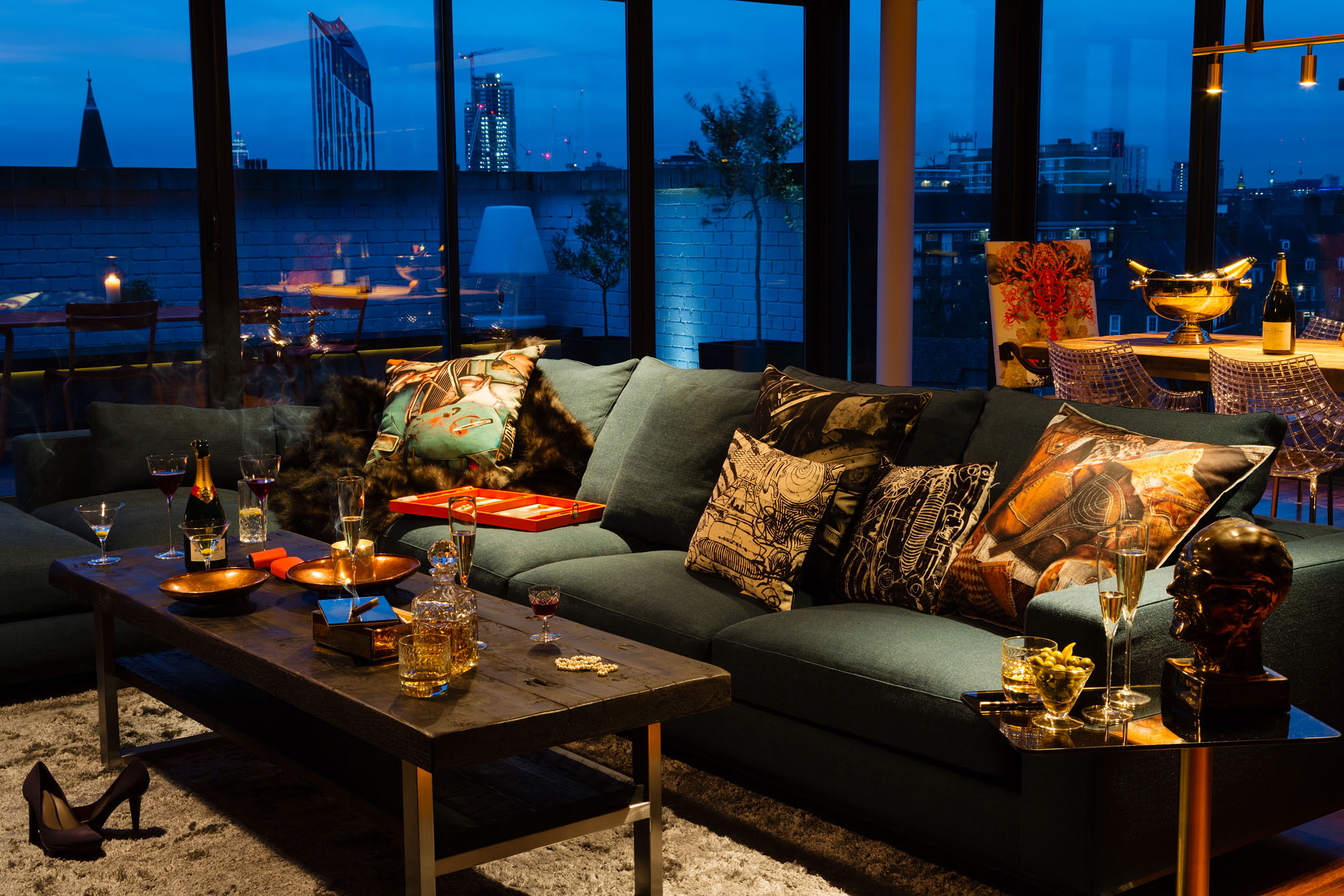 Landscape Big Sofa A Penthouse That Celebrates London With A Cutting-edge Design