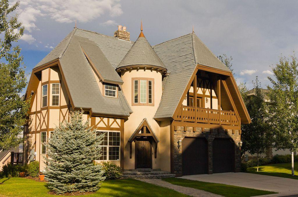 build find tudor style homes grandiose english tudor style house plans