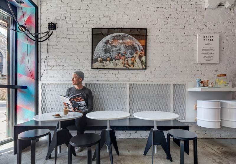 3d Brick Wallpaper Uk The Quirky Coffee Shop That Used To Be An Alleyway