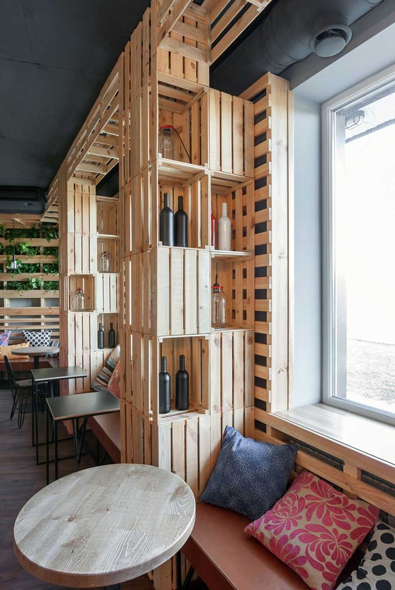 Industrial Design Regal The Coffee Bar That Makes You Feel At Home Using Wine Crates